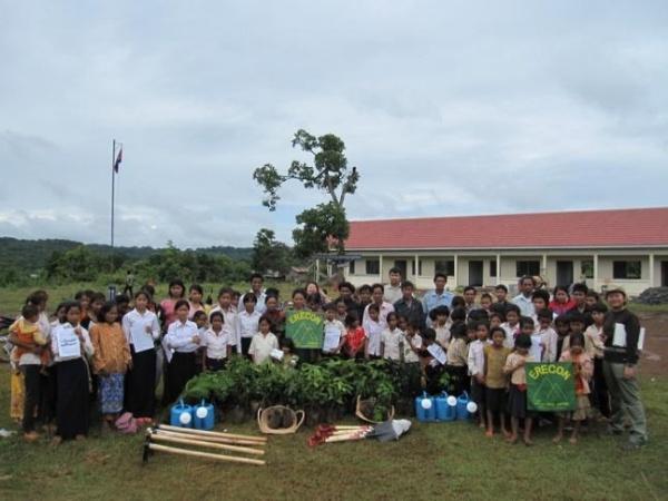 Photo 10 Reforestation at school at Mondulkiri