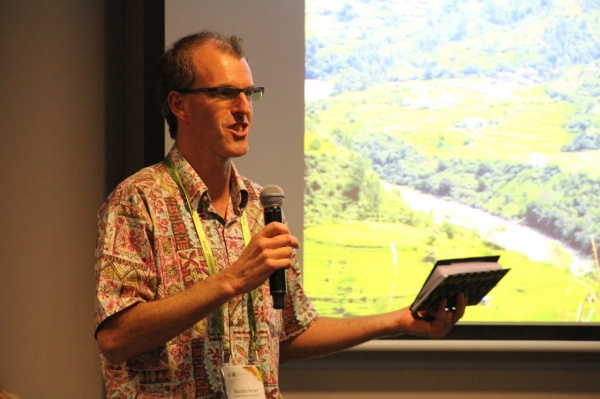 Dr. Maurizio Farhan Ferrari from the Forest Peoples Programme leads the panel discussion