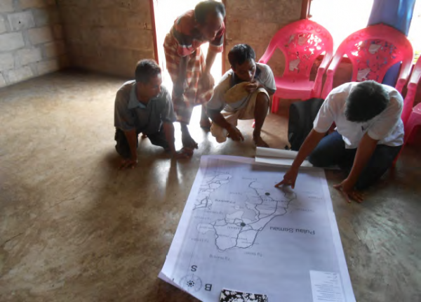 Mapping Semau Island resources and communities during the baseline assessment, COMDEKS Indonesia