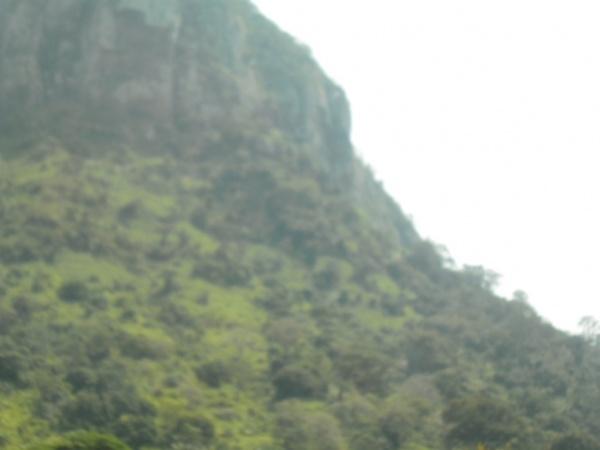 Weto Mountain Range